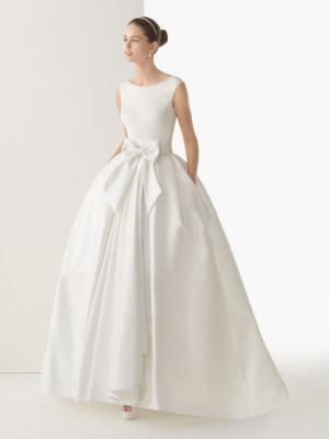 Tipo Ball Gown